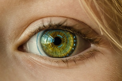 Smart Contact Lenses That Record Video Featured